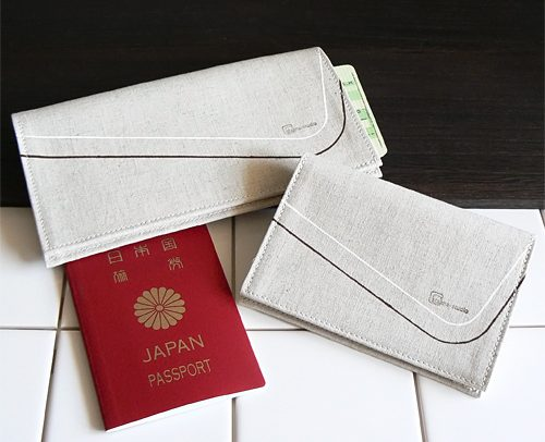 staana-travel パスポートケース